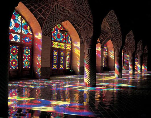 Stunning Mosque Illuminated With All Colors Of Rainbow