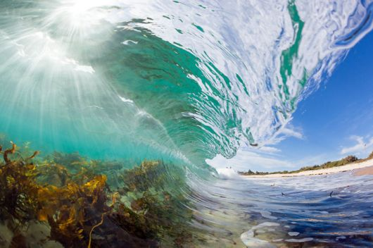 Majestically Captured The Beauty Of Breaking Waves