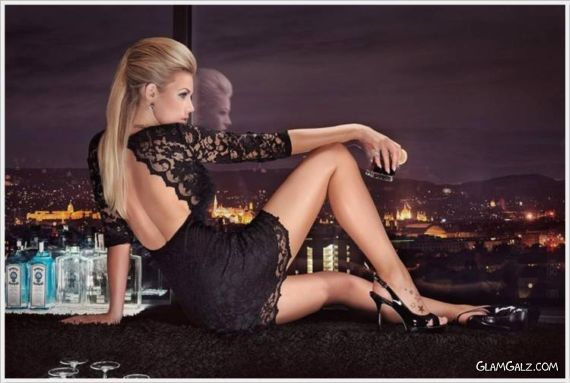 Click to Enlarge - Miss Tuning 2014 Calendar