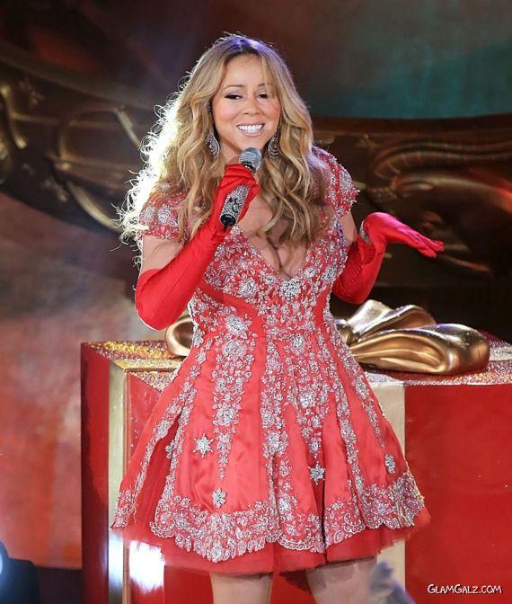 Mariah Carey At Christmas Tree Lighting Event