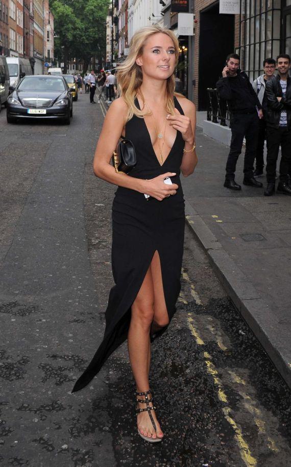 Kimberley Garner At A Fashion Show In London