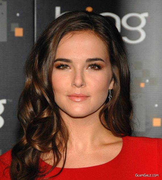 Gorgeous Zoey Deutch At CW Premiere Party