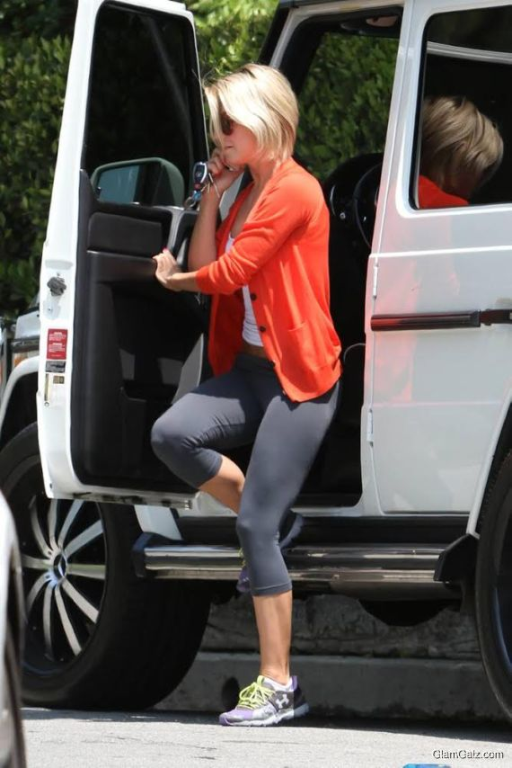 Gorgeous Julianne Hough On The Streets