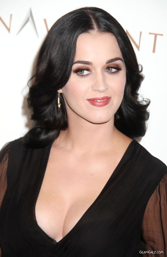 Stunning Katy Perry At Comedy Central