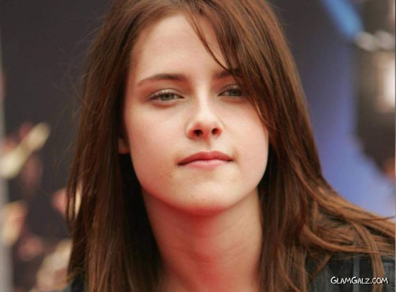 Click to Enlarge - Lovely Kristen Stewart Wallpapers